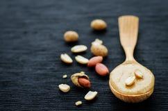 tła masła kropli oleju arachidu stylizowany biel Fotografia Stock