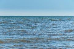 Tła morze, ocean, kipiel macha na plaży obrazy stock