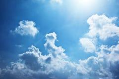 tła niebieskie niebo Zdjęcia Royalty Free