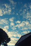 tła niebieskiego nieba światło słoneczne Zdjęcie Royalty Free