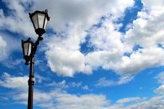 tła obłoczna nieba pochodnia Zdjęcia Royalty Free