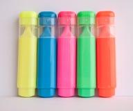 tła pięknych koloru kolorowych kolorów projekta wielkich dzieciaków markierów druku szkoły tematów wibrujący biel Fotografia Royalty Free