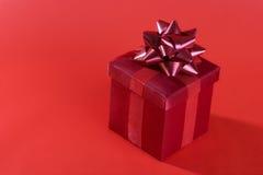 tła prezenta czerwień Fotografia Stock