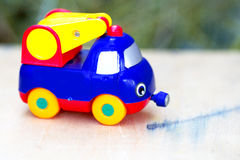 tła samochód odizolowywający zabawkarski biel Zdjęcia Stock