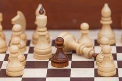 tła szachowego chessboard ilustracyjni kawałki biały Obraz Royalty Free