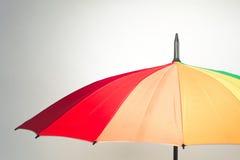 tła tęczy parasolowy biel Fotografia Royalty Free