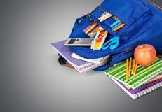 tła torby błękitny latanie opuszczać klon szkoły zdjęcia stock