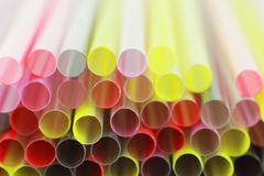 tła zbliżenia kolorowa plastikowa słoma Obraz Royalty Free