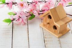 tło barwiący Easter jajek eps8 formata czerwony tulipanu wektor Fotografia Royalty Free