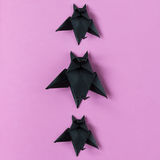 Tło Halloweenowi origami nietoperze Odgórny widok z kopii przestrzenią Zdjęcie Royalty Free