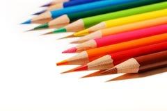 tło kolor barwił biały odosobnionych ołówkowych ołówki Fotografia Stock