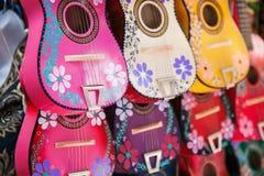 Tło kolorowe meksykańskie gitary Zdjęcie Royalty Free