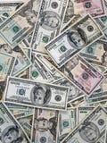 Tło od papierowych dolarów różna przewaga oczy się dolarów tło Wiele 20, 50, 100 dolarowych rachunków obrazy stock