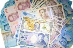 Tło pieniądze bogaci banknoty i moneta Fotografia Stock