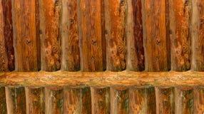 Tło powierzchni podstawowego koloru pionowo bela żebrująca gładka nieociosana sosna Zdjęcie Stock