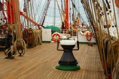 Tło - stary żeglowanie statku olinowanie Obrazy Royalty Free