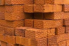 Tło - sterta cegły zdjęcia stock