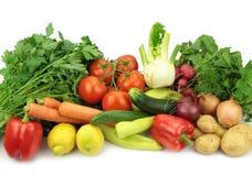 tło szczypiorków świeżego ogórkowy salat cebulkowy zastrzelił wiosen studio warzywa pomidora białych Zdjęcie Royalty Free