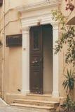 Tło tekstura części budynki, elementy architektur drzwi Stary dzwi wejściowy dom Zdjęcia Royalty Free