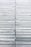 Tło tekstury drewno, stary footbridge od wietrzejącego szarość planu Obrazy Royalty Free