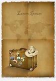 Tło turystyka, antykwarski papirus, walizka, kapelusz i mapa świat, ręka patroszona Obraz Stock