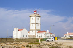 Tło widok latarnia morska w Peniche, Portugalia obrazy stock