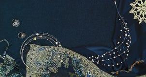 Tło z różnymi biżuteriami Fotografia Stock