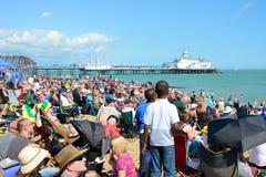 Tłoczy się przy Eastbourne Airshow Obraz Royalty Free