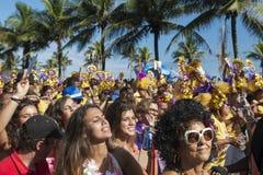 Tłum odświętność Karnawałowy Ipanema Rio De Janeiro Brazylia Zdjęcia Stock