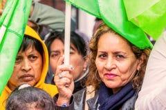 Tłum Zbierający W centrum Banos De Agua Santa Zdjęcie Royalty Free
