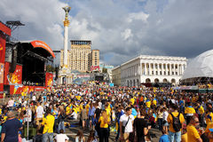 Tłumy ludzie na Niezależności Kwadracie Kijów Zdjęcia Royalty Free