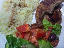 Tłustoszowaci jagnięcy kotleciki z białymi ryż Zdjęcia Royalty Free