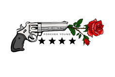 T恤杉的印刷品有枪和玫瑰的 图库摄影