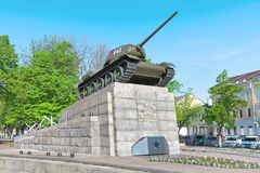 T34坦克�对巨大爱国战争的英雄的一座纪念碑。 免版税图库摄影