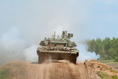 T-90A main battle tank shoots Stock Images