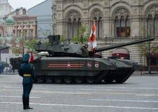 T-14 Armata是根据Armata普遍作战平台的俄国先进的下一代主战坦克 免版税库存照片