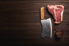 T-bone και κρέατος μπαλτάς στοκ φωτογραφίες με δικαίωμα ελεύθερης χρήσης