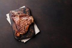 T-Bone-Steak Lizenzfreie Stockfotos