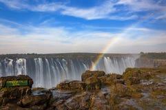 Tęcza spadki w Wiktoria spadkach, Zimbabwe, Afryka Zdjęcia Stock