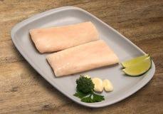 tła drewniany rybi surowy Obrazy Royalty Free