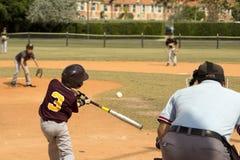 tła graczów baseballi sylwetki biel Zdjęcie Royalty Free