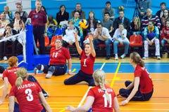 T Ivanova (1), J Mednikova (3) och I Smirnova (13) Fotografering för Bildbyråer