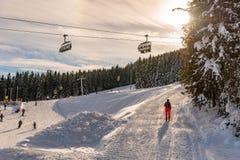 T?l?si?ge de ski, 8 si?ges Hochwurzen I dans Planai et Hochwurzen - coeur de ski de la r?gion de Schladming-Dachstein, Styrie, Au photographie stock