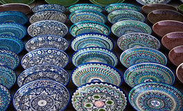 Tło ceramiczni talerze Obrazy Stock
