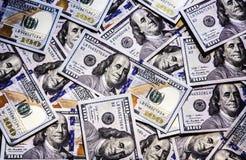 Tło dolarowi rachunki. Zdjęcia Royalty Free
