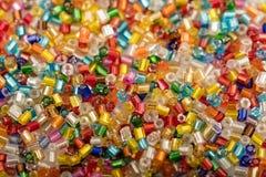 Tło kolorowi plastikowi koraliki Zdjęcie Royalty Free