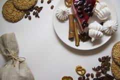 Tło z cheesecake 02 i ciastkami Obraz Royalty Free