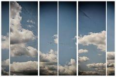 Tło Z niebieskim niebem I chmurami ustawia retro Fotografia Stock