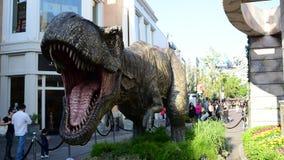 T-rex promocional para el mundo jurásico de la película próxima: Reino caido almacen de video