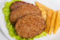 T?rkisches Lebensmittel Kofte oder Kofta W?rziger Fleischkl?schen Kebab oder Kebap lizenzfreie stockfotografie